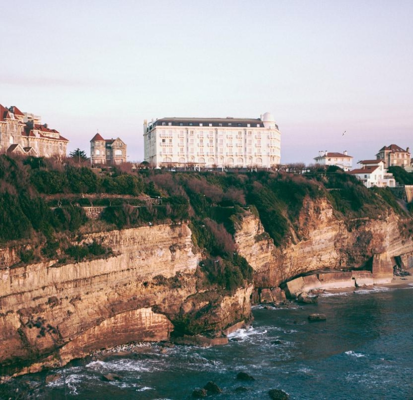 Click to enlarge image galerieReginaHotelReginaBiarritz_01_01.jpg